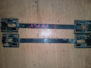 Запчасть зажим порога OPEL Astra 1999