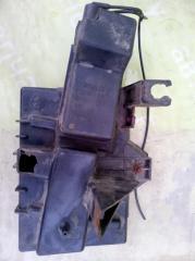 Запчасть площадка акб DODGE Caravan 3 1999г.в.