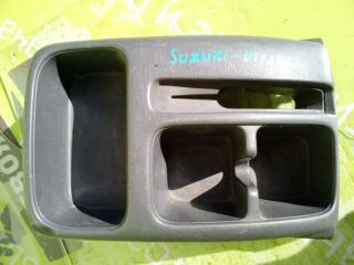 Запчасть центральная консоль SUZUKI Grand Vitara 1999