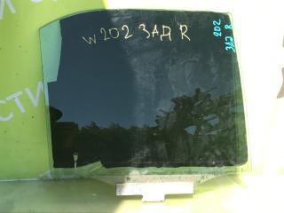 Запчасть стекло двери заднее правое MERCEDES-BENZ W202 1997