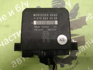 Запчасть блок управления дверью передний правый MERCEDES-BENZ W210 1996