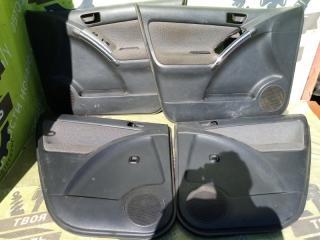 Обшивки дверей Toyota Matrix БУ