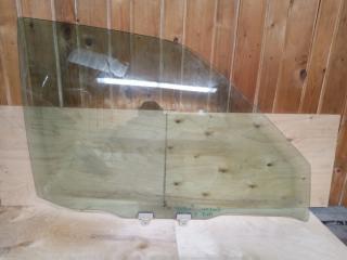 Запчасть стекло переднее правое NISSAN Terrano Pathfinder R50 2003
