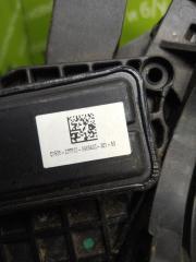 Педаль газа Range Rover 2015г.в. L405 448DT
