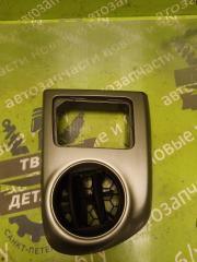 Запчасть дефлектор воздушный левый TOYOTA Matrix 2003г.в.