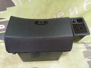 Запчасть бардачок в торпедо SAAB 9000 CC 1990