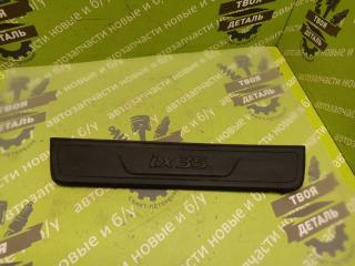 Запчасть накладка порога передняя правая HYUNDAI Ix35 2012