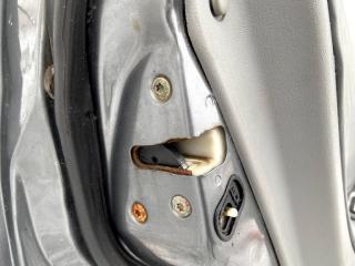 Запчасть замок двери задний левый Mitsubishi Galant 2001