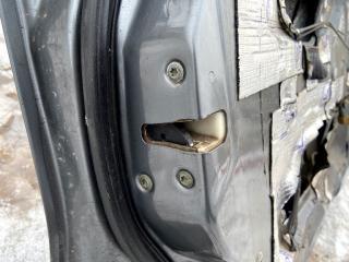 Запчасть замок двери передний левый Mitsubishi Galant 2001