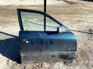 Запчасть дверь передняя правая Audi 100 1992