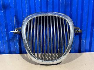 Запчасть решетка радиатора Jaguar S-type 2001