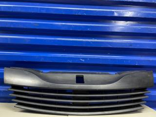 Запчасть решетка радиатора Renault laguna 2002