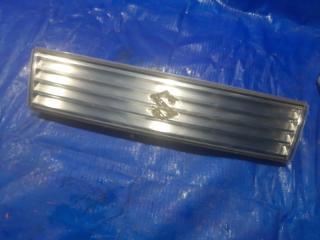 Запчасть решетка радиатора передняя SUZUKI WAGON R