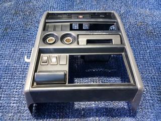 Консоль магнитофона Nissan Safari WYY60 (б/у)