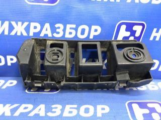 Запчасть направляющая бампера задняя правая Skoda Rapid
