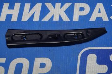 Запчасть направляющая бампера передняя левая Skoda Fabia 2007-2015