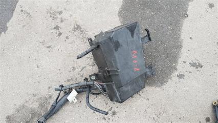 Блок предохранителей передний Mazda 6 2002-2007
