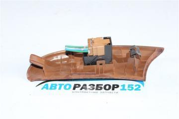 Кнопка стеклоподъекника передняя правая Nissan Cefiro a33 VQ20DE