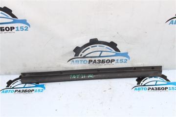 Уплотнительная резинка задняя левая NISSAN X-Trail 2008-2013