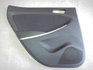 Запчасть обшивка двери задняя левая Hyundai Solaris 2011