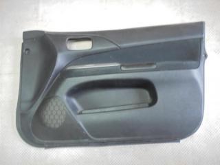 Запчасть обшивка двери передняя правая Mitsubishi Lancer 2002