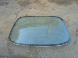 Запчасть стекло заднее заднее Nissan Maxima 1998