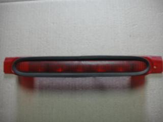 Запчасть стоп-сигнал дополнительный Ford Focus 2004