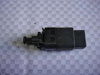 Запчасть датчик включения стоп-сигнала Chevrolet Lacetti 2011