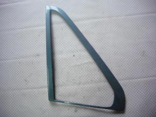 Запчасть молдинг стекла задний левый Volvo S70 1997