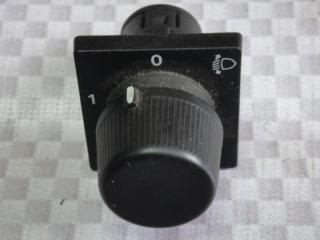 Запчасть кнопка корректора фар Opel Frontera 1993