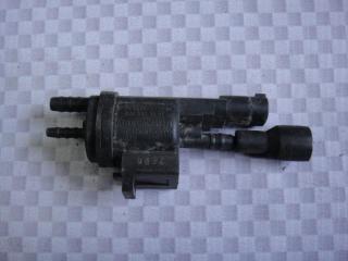 Запчасть клапан электромагнитный Mercedes-Benz E-Class 1996