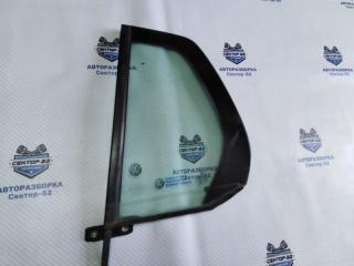 Запчасть стекло двери заднее левое Volkswagen Golf 2010