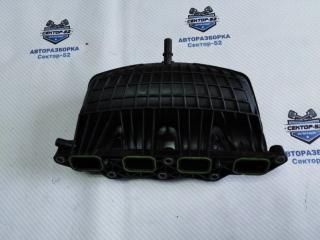 Запчасть коллектор впускной Volkswagen Golf 2010