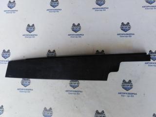 Запчасть накладка двери передняя правая Chevrolet Cruze 2011