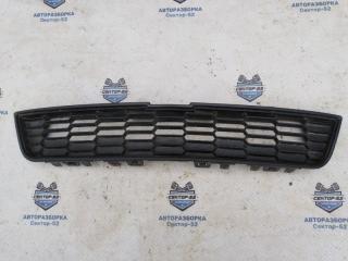 Запчасть решетка в бампер передняя Chevrolet Aveo 2012