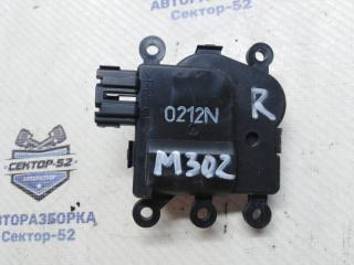 Запчасть мотор заслонки отопителя Mazda Mazda3 2010