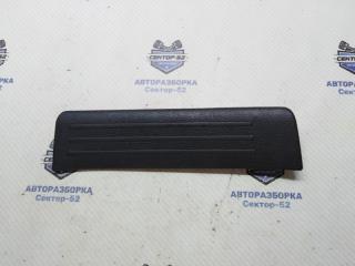 Запчасть накладка порога (внутренняя) задняя правая Mazda Mazda3 2010