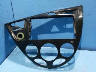 Запчасть рамка магнитолы Ford Focus 1