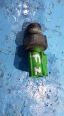Запчасть датчик давления масла Ford Focus 2