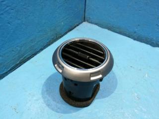 Запчасть дефлектор в торпедо SsangYong Actyon sport