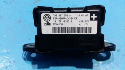 Запчасть датчик ускорения Volkswagen Touareg 2008