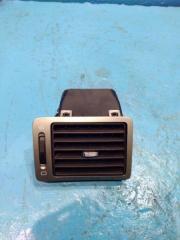 Запчасть дефлектор в торпедо левый Peugeot 307