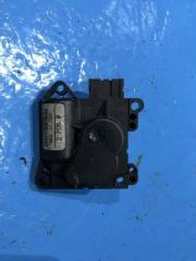 Запчасть моторчик заслонки печки Ford Focus 1