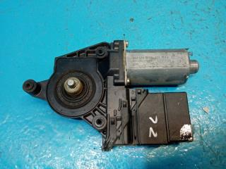 Запчасть моторчик стеклоподъёмника задний левый Volkswagen Passat