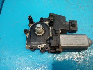 Запчасть моторчик стеклоподъёмника передний правый Audi A4