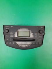 Запчасть магнитола штатная Toyota RAV4