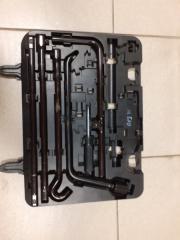 Инструмент в багажник Toyota Land Cruiser Prado