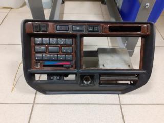 Консоль панели приборов Toyota Land Cruiser