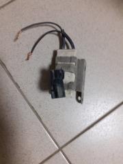 Резистор вентилятора охлаждения Toyota Yaris