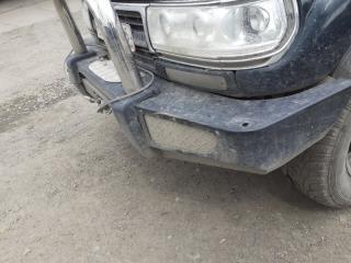 Бампер передний Toyota Land Cruiser